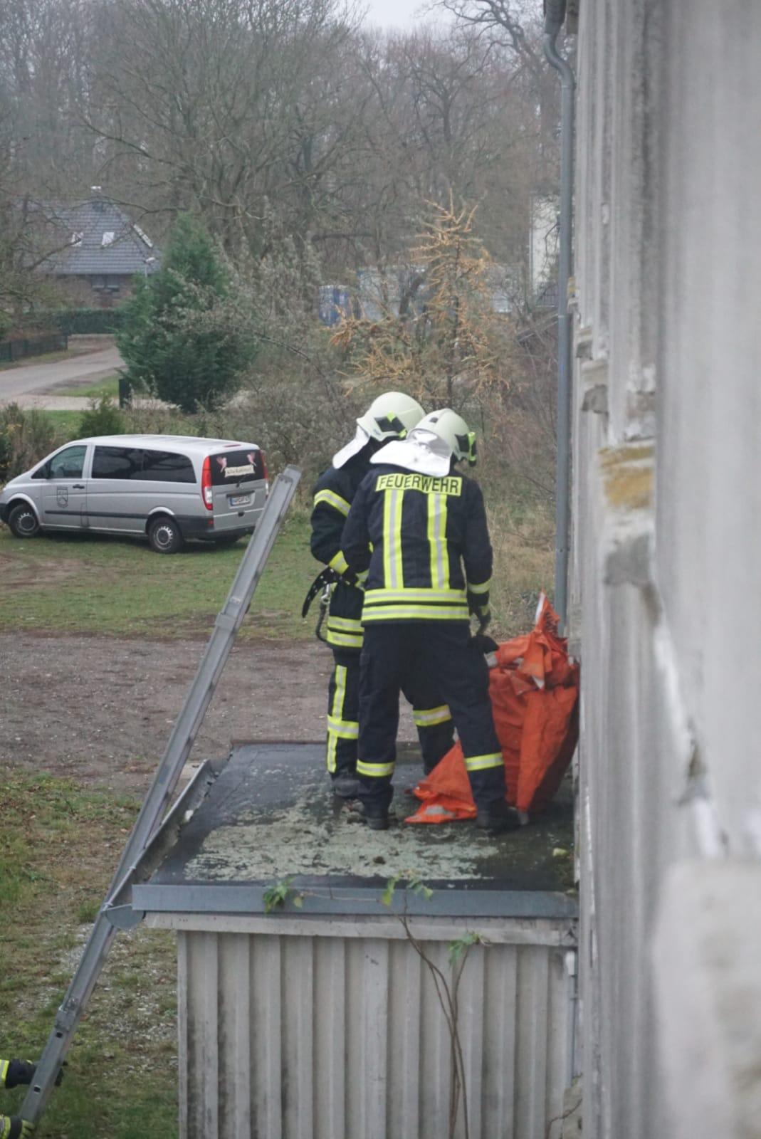 2018-11-24_Übung_Brandeinsatz_Rohlstorf (11)